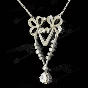 ribbon-diamond-necklace-watermark-010.jpg