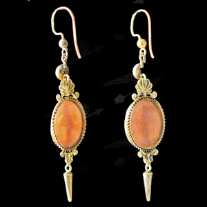 shell-cameo-earring-watermark-15.jpg